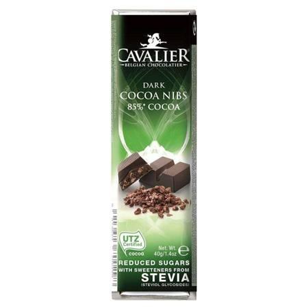 Baton z deserowej czekolady z palonymi ziarnami ka